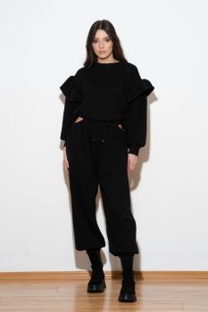 Compleu negru cu pantaloni decupati